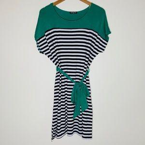 🎉5 for $25🎉 Cha Cha Vente Striped Dress
